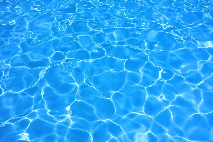 うるうる プール