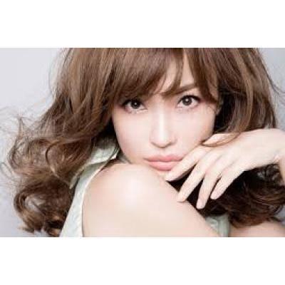 平子理沙さん愛用!プチプラで効果の高い手作り化粧水を使ったスキンケア
