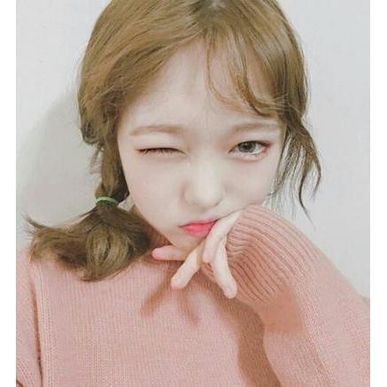 一足お先に、ほんのりピンクの桃メイクで、韓国の流行とりいれちゃお★