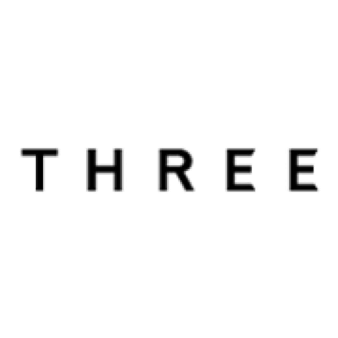 THREE ロゴ