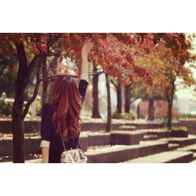 【新色も!】秋に使いたい「赤チーク」おすすめ特集