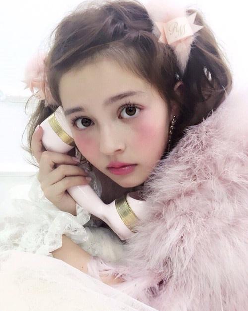 桃色 リップ ピンク 可愛い ナチュラル キュート メイク