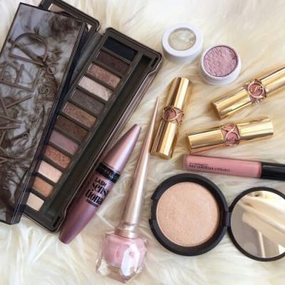 正しい化粧直し方法で夜までカワイイが続く化粧直し方法と有能アイテムをご紹介!