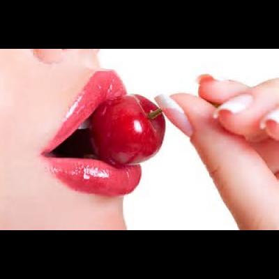 ぷるっぷるで極上な唇を作るためのアイテム15選をご紹介♡