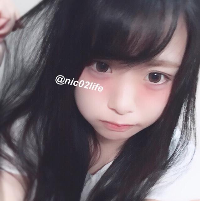 黒コン デカ目 ピンクメイク カラコン