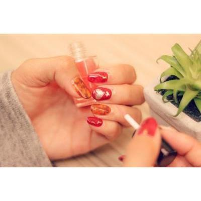 【乾燥する冬に欠かせない!】爪を美しく保つおすすめネイルケアアイテム12選