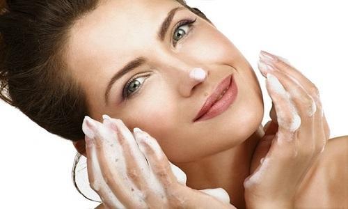 洗顔 簡単 メイクオフ ミネラル成分