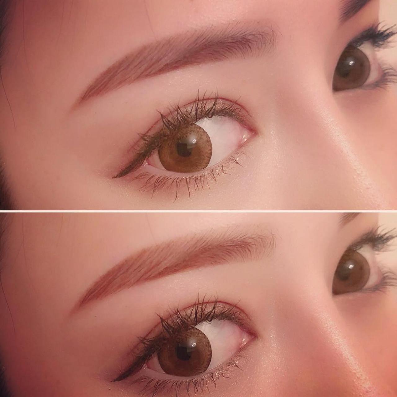 髪色に合わせたアイブロウパウダーで眉の形を整えて