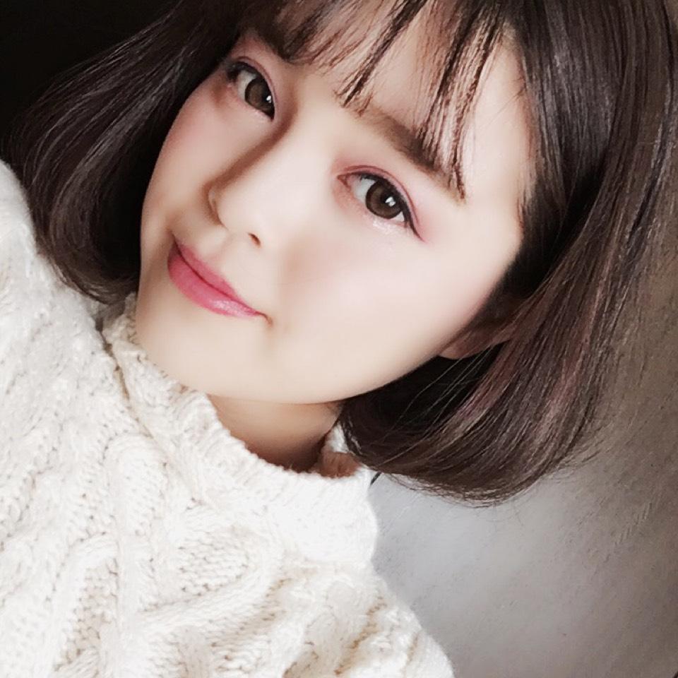 万人受けする可愛さ♡透明感たっぷりのIUちゃん風『儚げ韓国メイク』方法