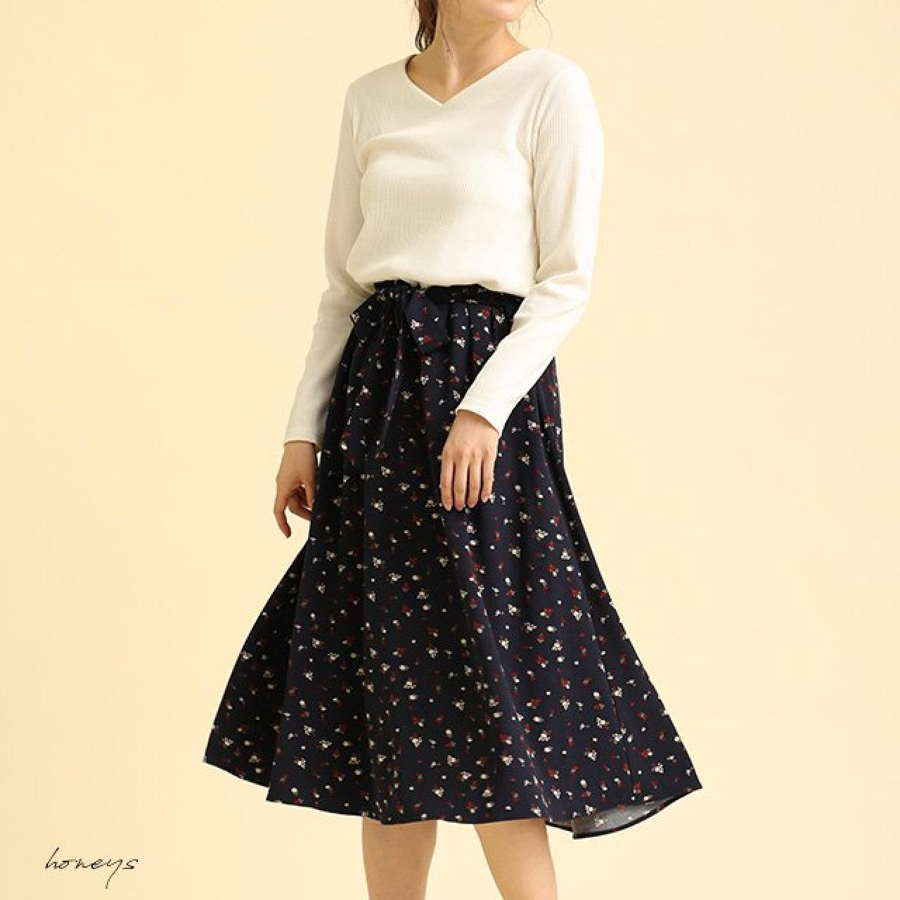 シンプル ガーリーファッション