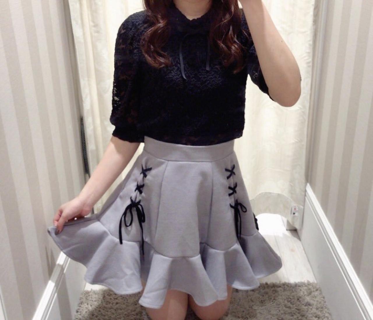 編み上げスカート