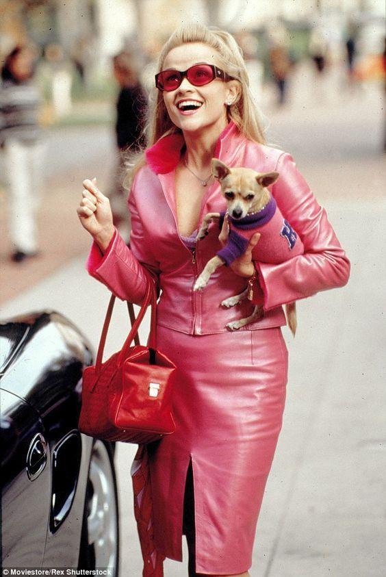 ピンクメイク 有名人 女性