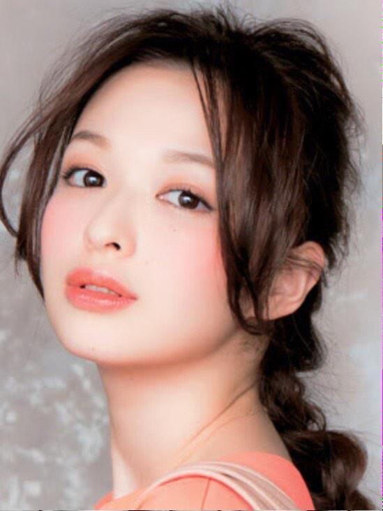 森絵梨佳さんのピンクメイク