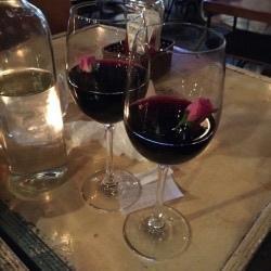 ブドウ色ワイン