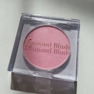 Diamond Blush チーク