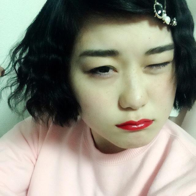 太眉×赤リップ