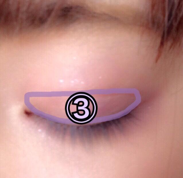 二重瞼幅に薄い紫③を