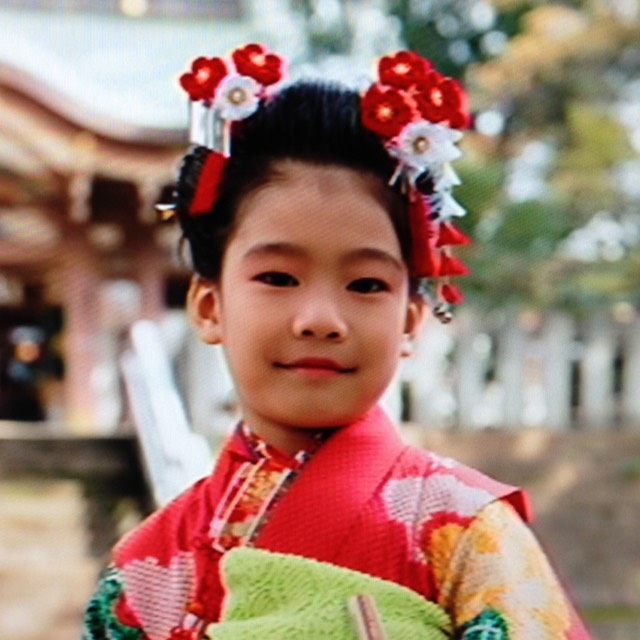 ショートヘアの日本髪風アレンジ