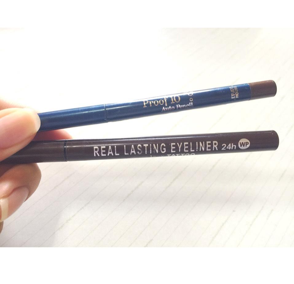 アイライナーは、 エチュードハウスのプルーフ10オートペンシルアイライナーのBR401 ケーパレットのリアルラスティングアイライナーのブラウン を使います。