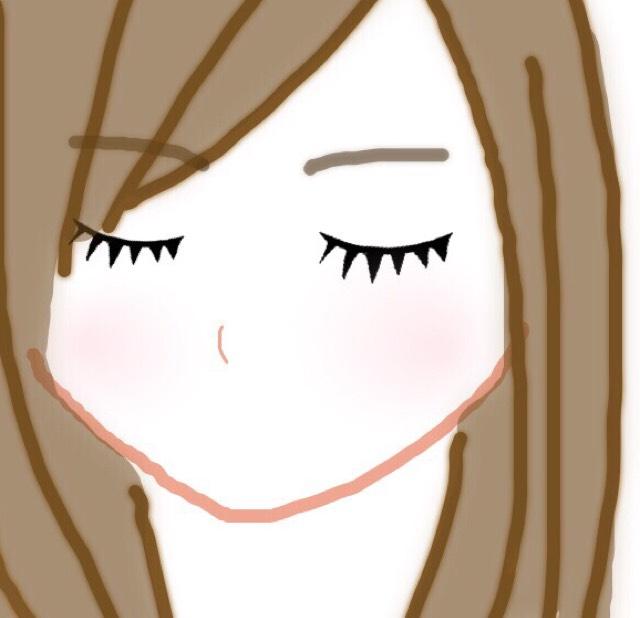 クリームチークを使います。自分の肌に一番馴染む色を選んで、ちょっと気持ち薄めにしましょう! 唇はリップクリームを塗ってナチュラルなグロスを選ぶと◎