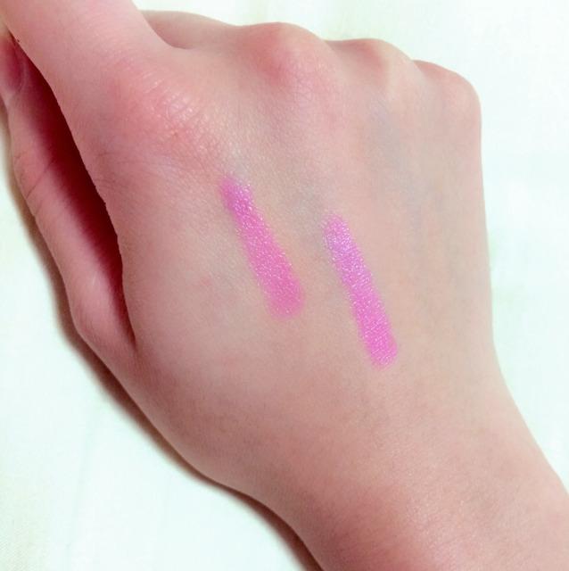 リップはレブロンのクレヨンリップの15番を使います。 結構はっきりしたピンクなので、合わないなと思う人はもう少し赤みのあるピンクにしてください。