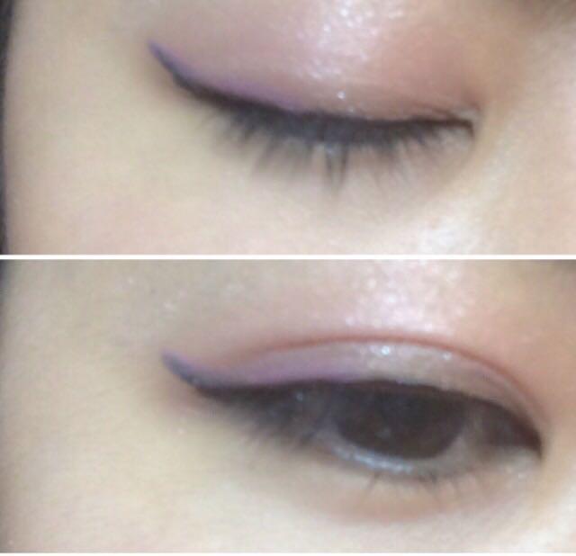 目尻ラインの上に紫のライナーを引きます。  隠し味(≧∇≦*)♬