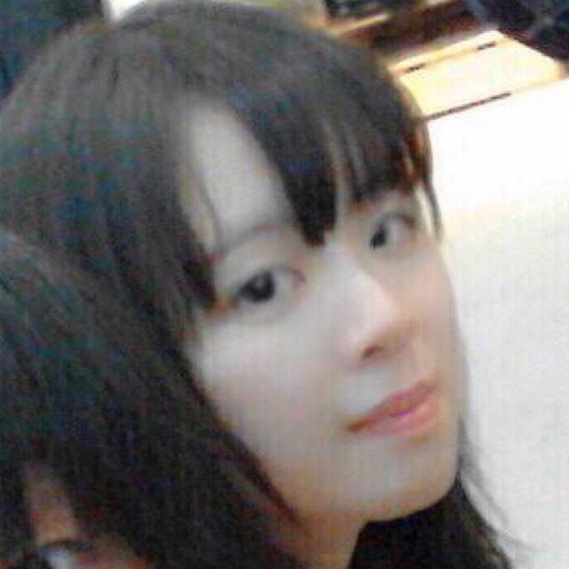 韓国の色白少女風メイクのBefore画像