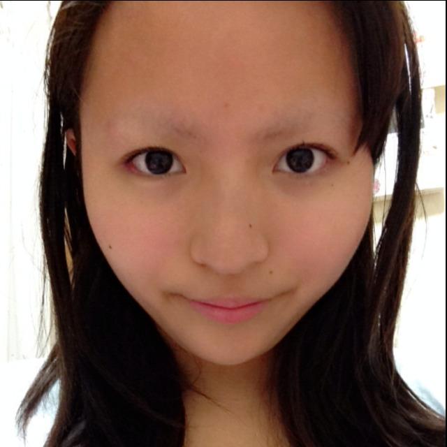スパンコールを使ったキラキラメイク☆のBefore画像