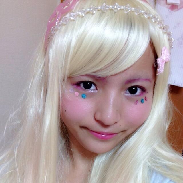 スパンコールを使ったキラキラメイク☆のAfter画像