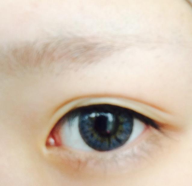 眉毛カラーチェンジのBefore画像