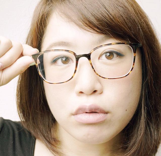 メガネっ子☆かんたんカラーライナーメイク!