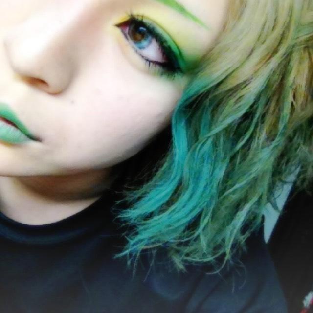 カラー/グリーン
