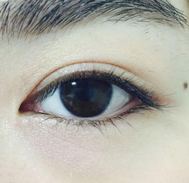下瞼全体に無印良品/アイベースカラー(パール&マット)ピンクゴールド
