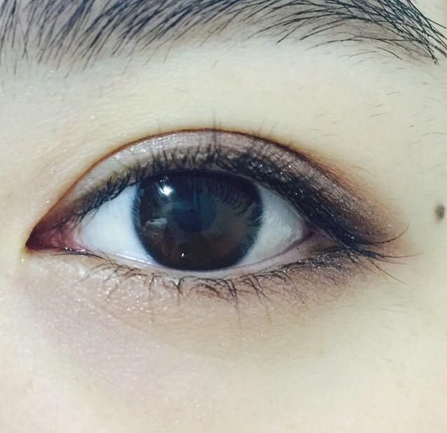 下瞼の目尻から黒目の下までMalibu/ブラウン