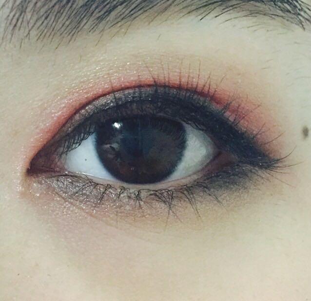 下瞼の目頭と目尻にマジョリカマジョルカ/BK922