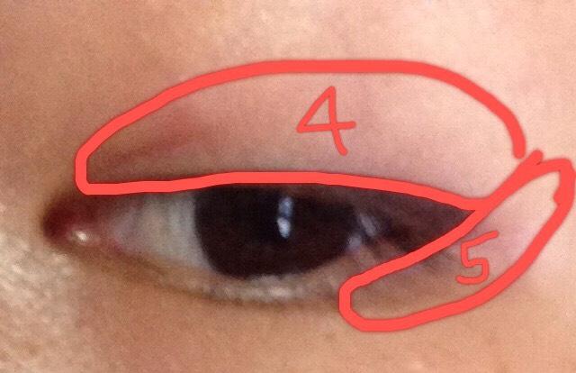 次に赤④⑤をのせていきます 写真なので見にくいですが普通に見ると結構色がついてます