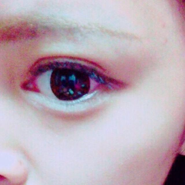 目はこれで完成です✨  次は唇です(^^)