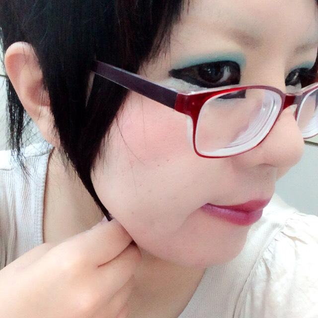 夏らしく!(*^o^*)ブルーのアイシャドウ(・ω・)ノ