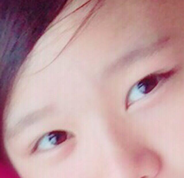 眉毛は生えてるので今はパウダーだけです! ダークブラウン系の眉マスカラするつもりです‼︎笑