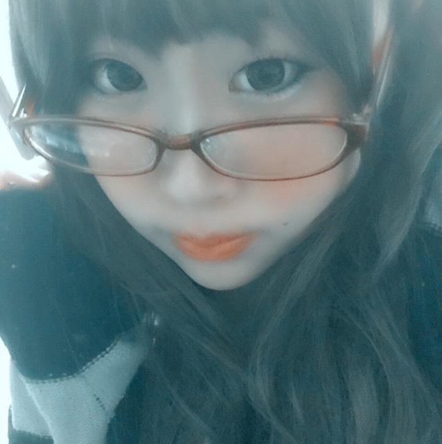 伊達メガネで知的風(#^.^#)