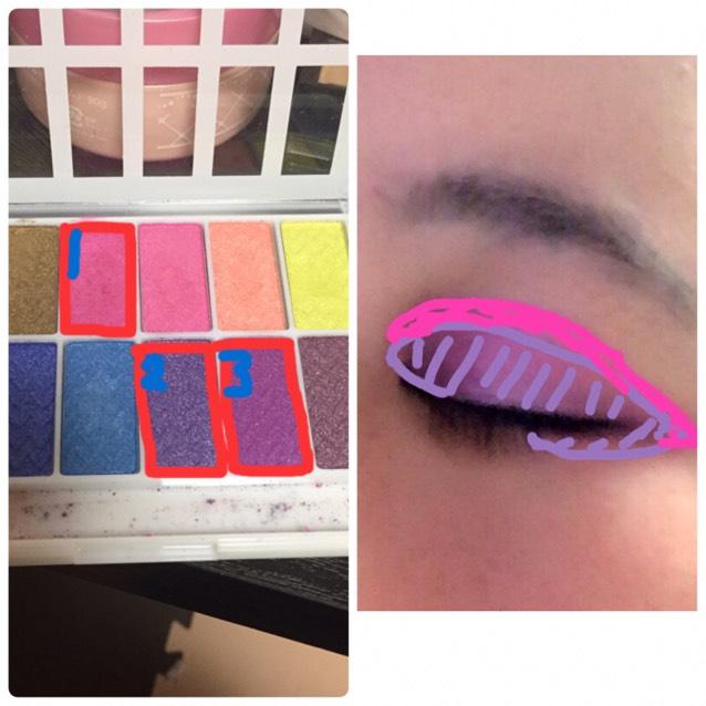2をアイホールにのせたら画像のピンクの部分だけ1を塗って下さい。