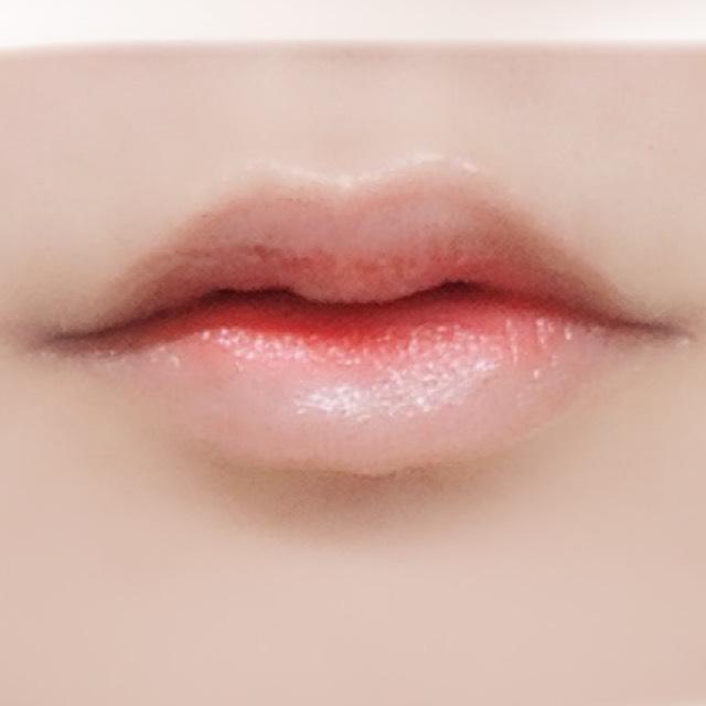 白人陶器肌/ドール血にじみリップのAfter画像