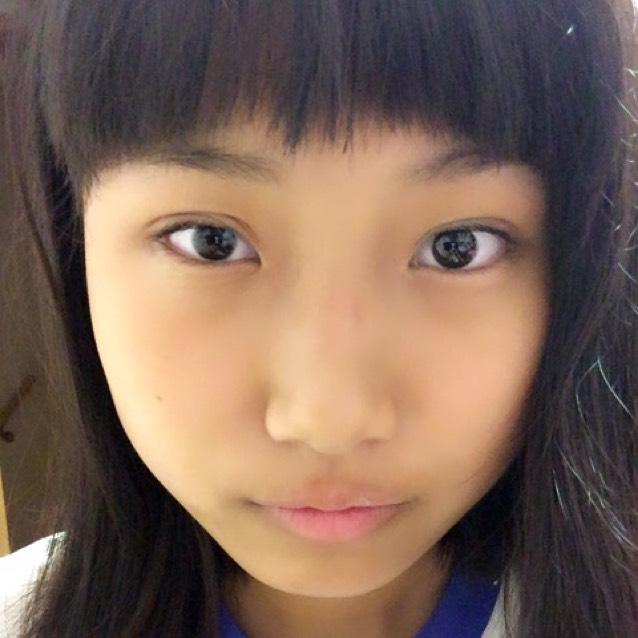 ネコ目メイクのBefore画像