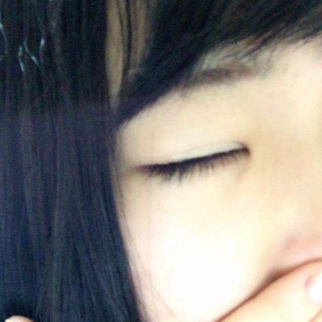 目を閉じるとこんな感じです!