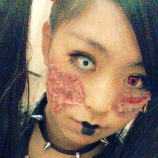 チャッキーの妹→片目つぶしのBefore画像