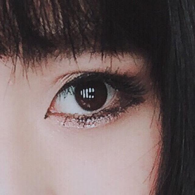 囲い目メイクのAfter画像