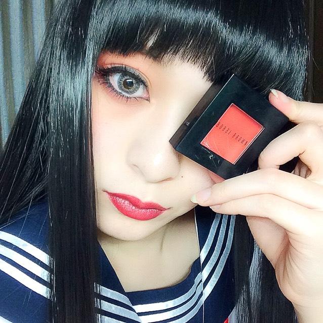 黒髪/赤シャドウのAfter画像