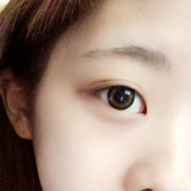 3色アイシャドウの濃いめメイク♡/のBefore画像