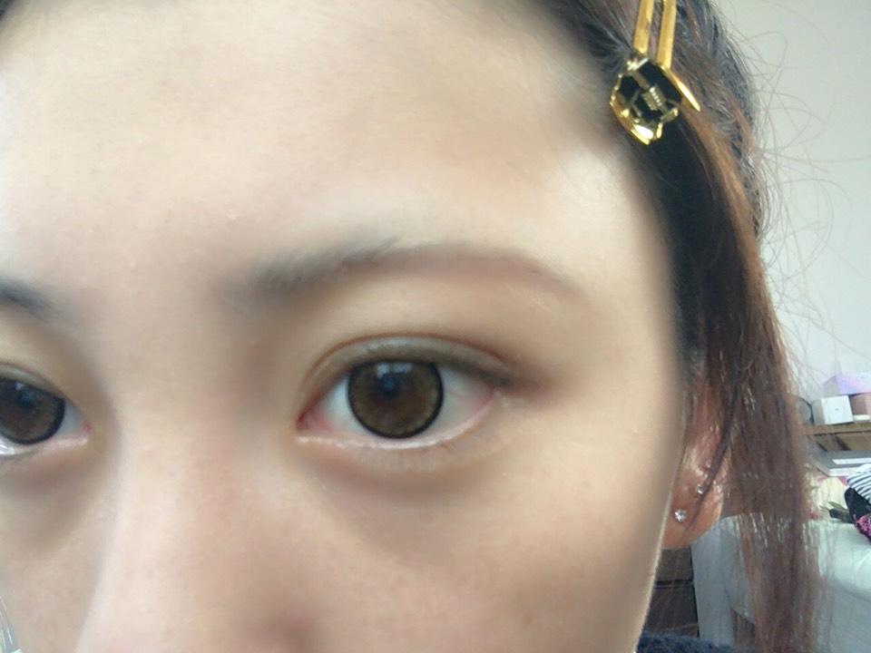 眉毛は細めに〜  カラコンはjillのシャーベットブラウンです