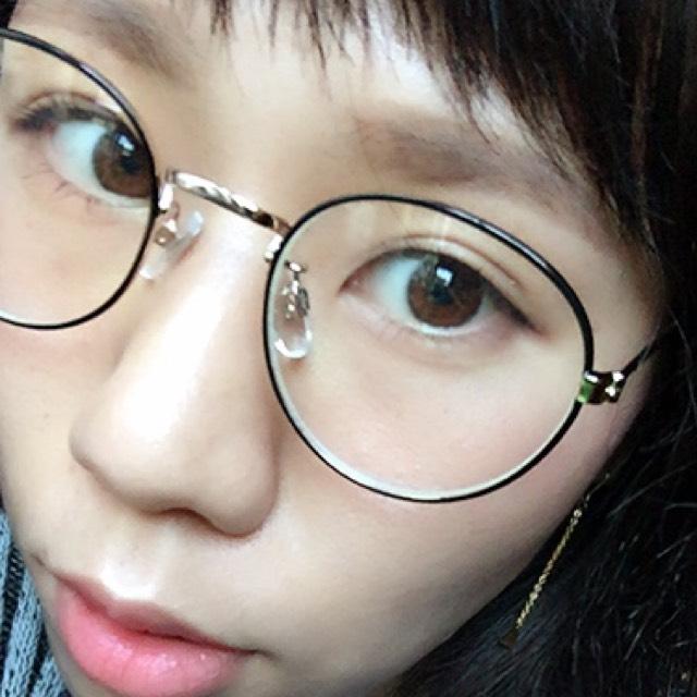 today✽眼鏡の日はいつもよりナチュラルにします。
